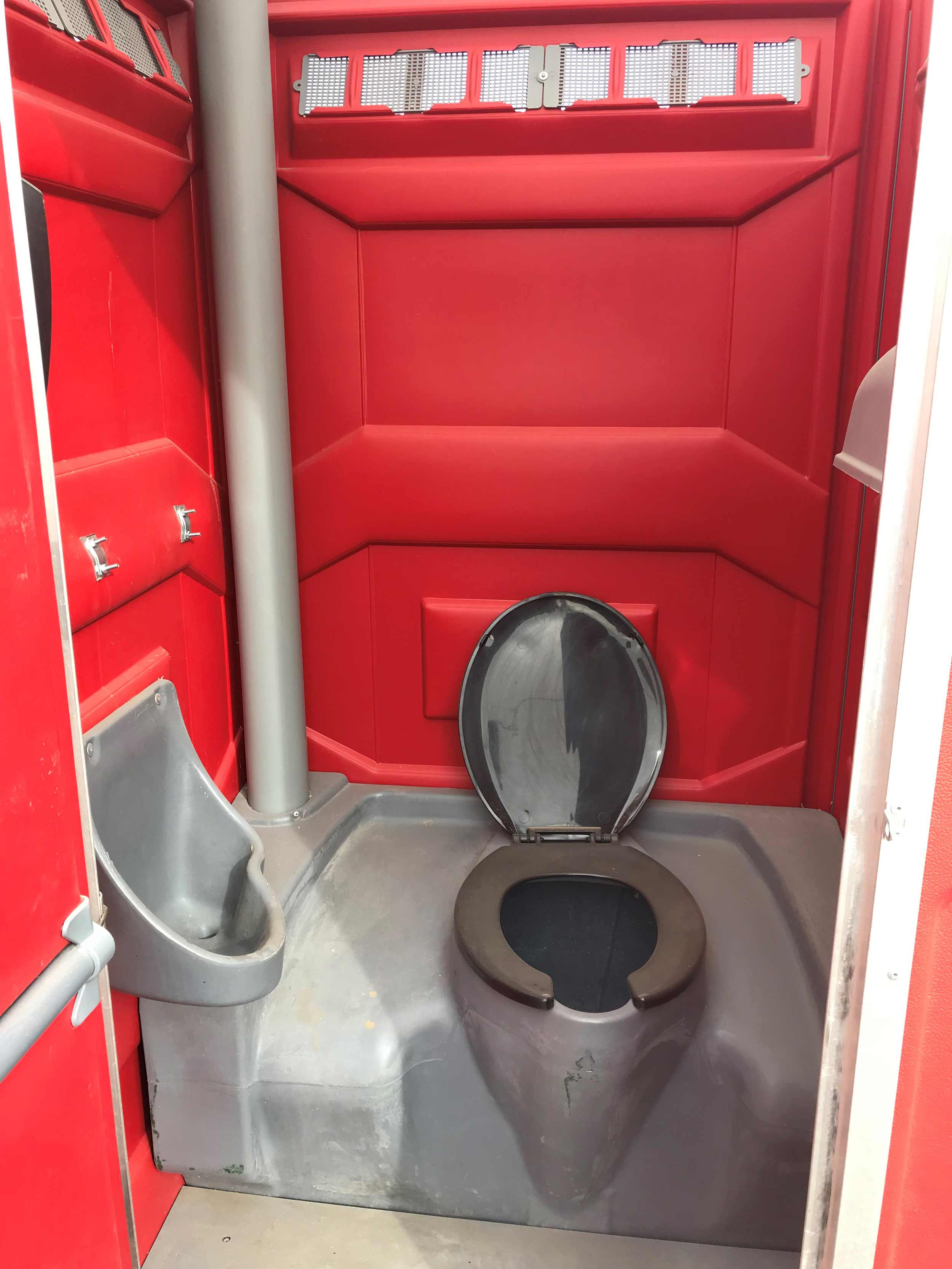 Inside-Standard-Portable-Toilet-from-Steelhead-Ventures